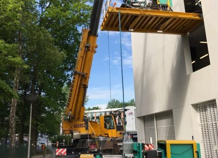 Moving heavy machines for Leuven University
